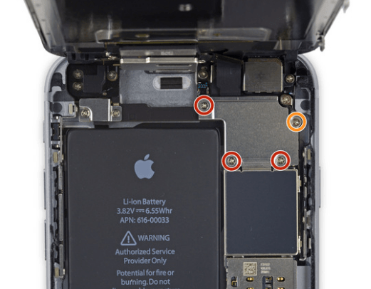 Removing screws in iPhone 6S