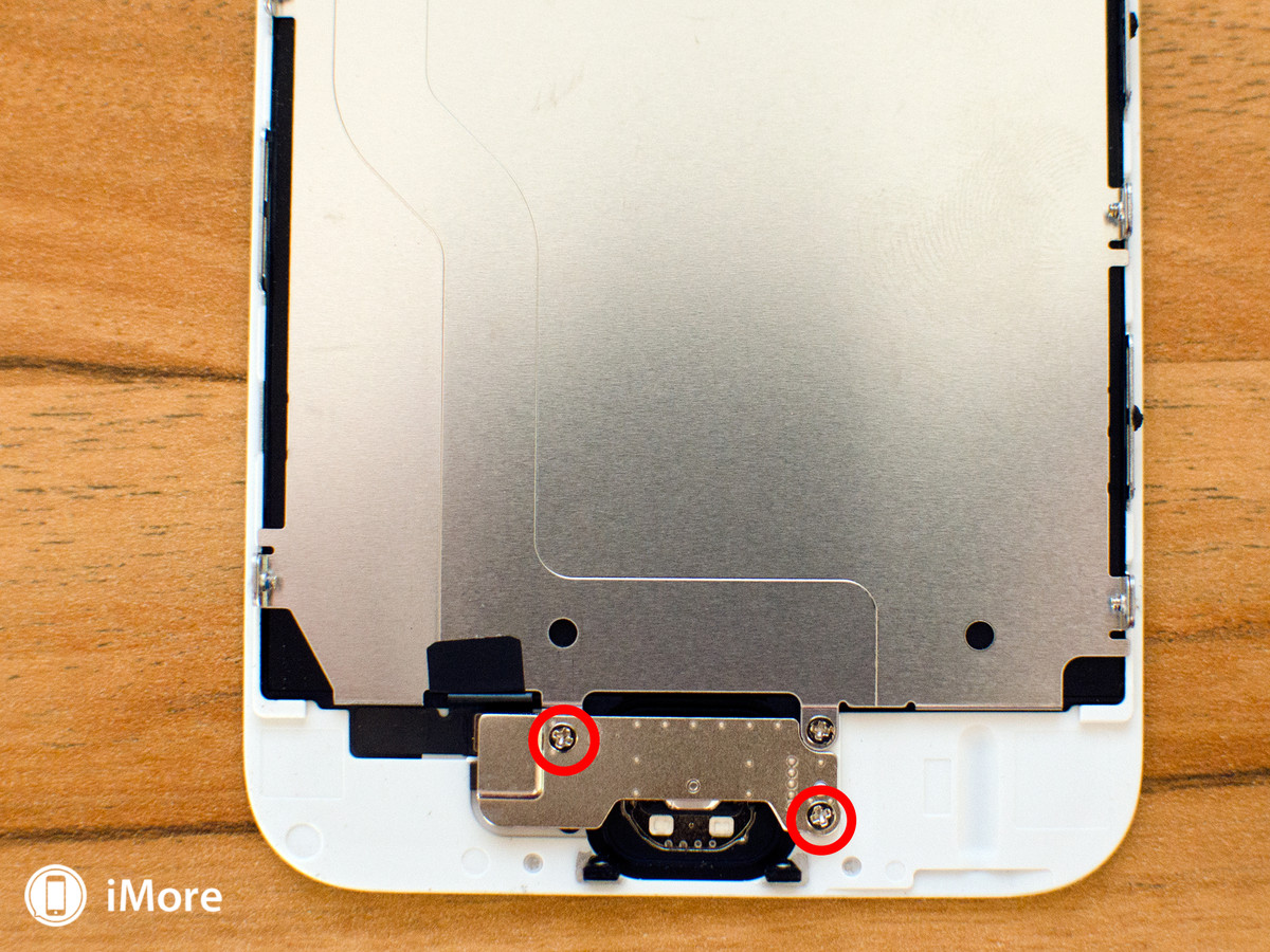 Replacing screws and shields in iPhone 6