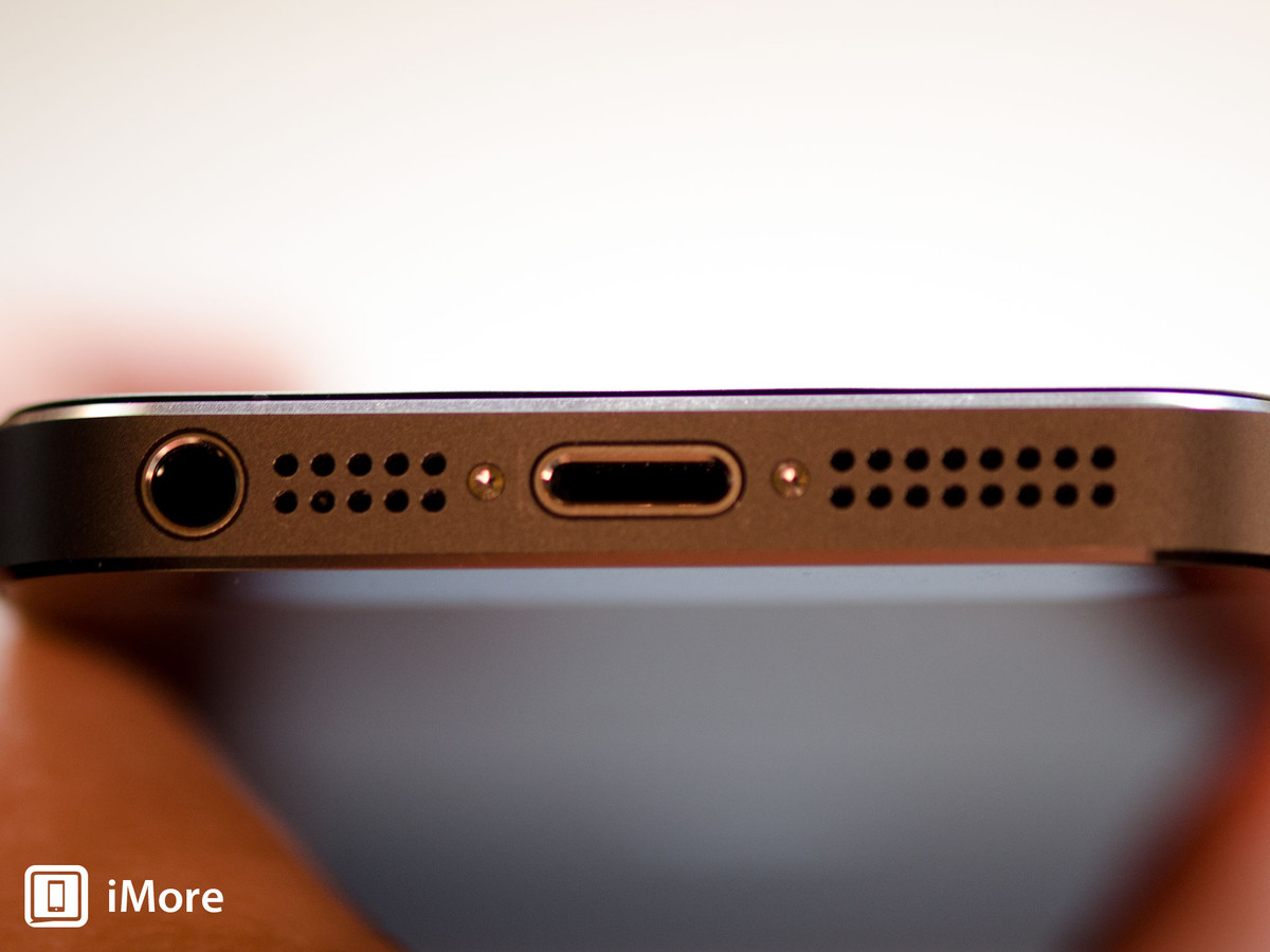 Removing security screws in iPhone 5S