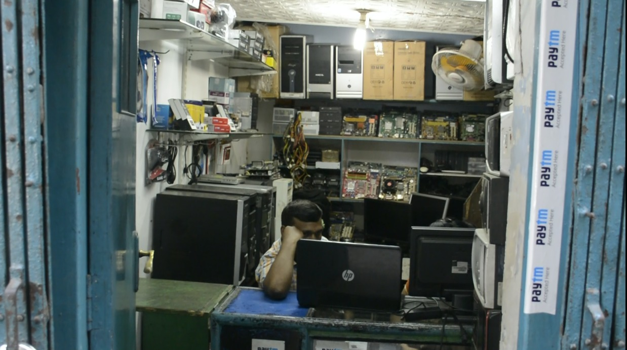 laptop service center in chandni chowk kolkata