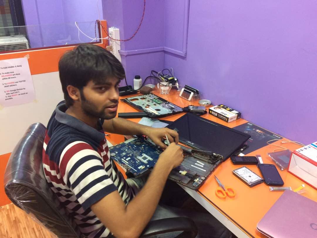 laptop repair center in kestopur
